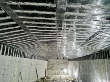 Tunnel reinforcement by carbon fiber plate